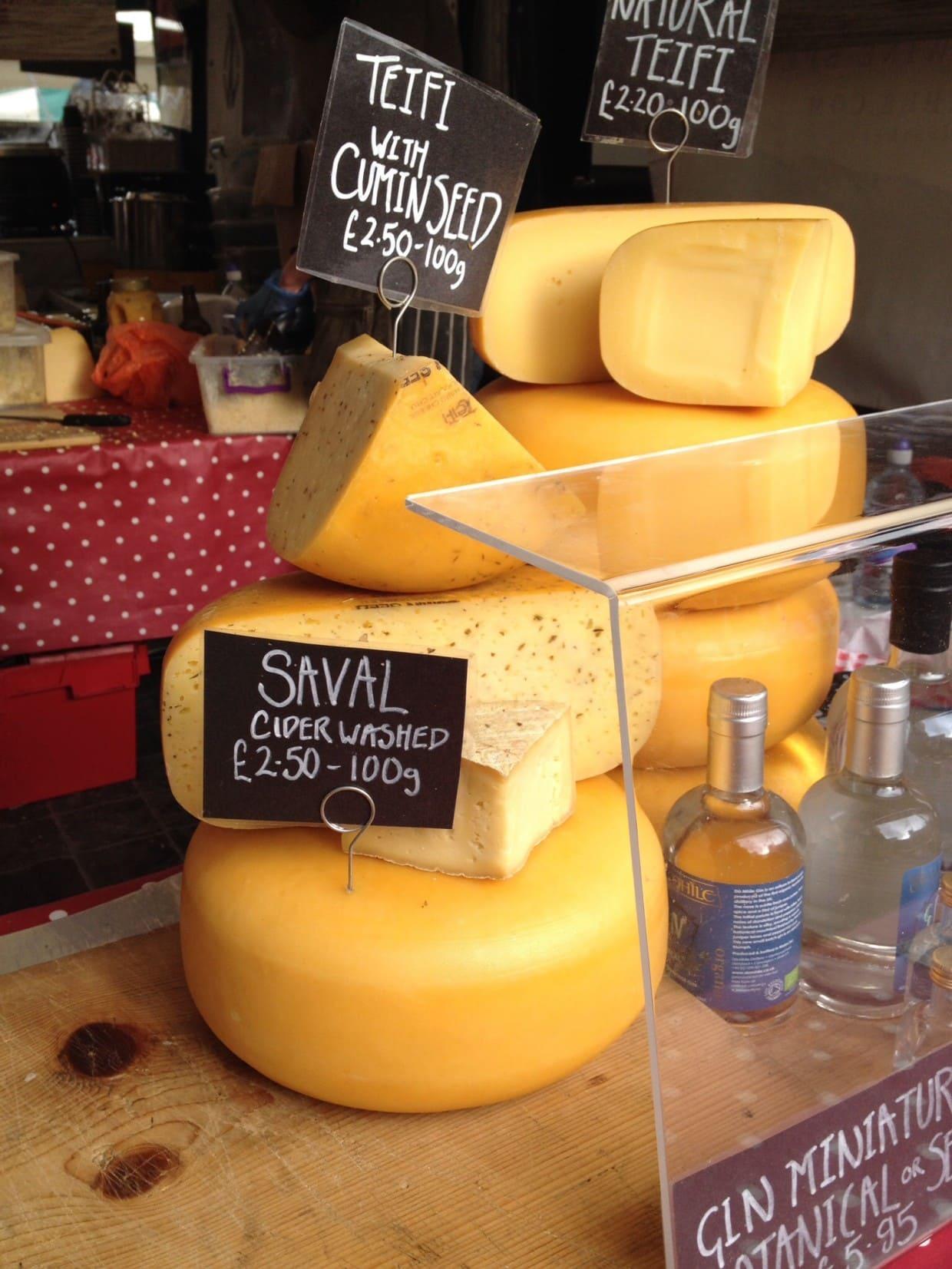 Real food market London cheese