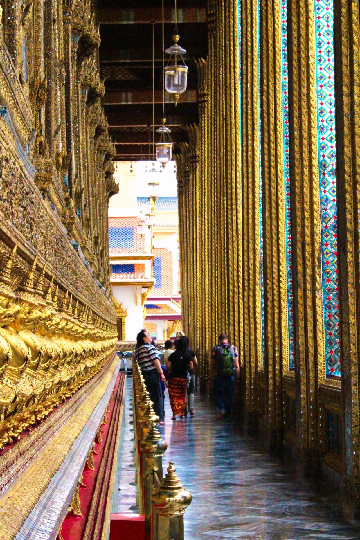 Grand Palace corridor