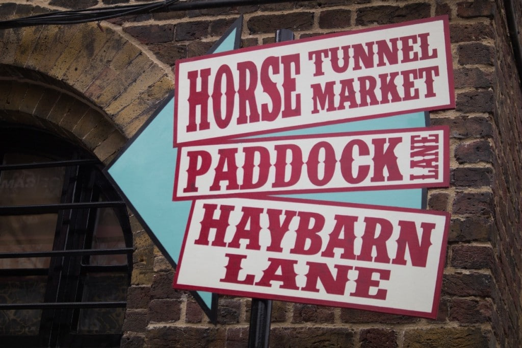 Signes, Camden market