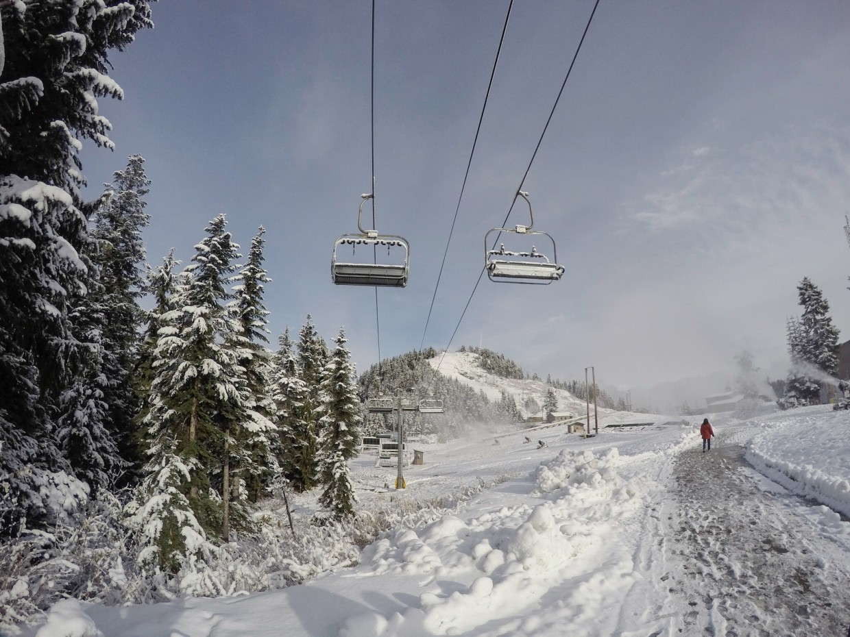 Ski lifts on Grouse Mountain