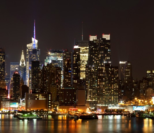 Manhattan city skyline