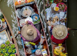 floating market Bangkok - plan trip to Bangkok