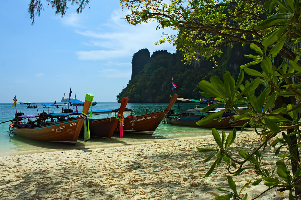 where to travel from Bangkok