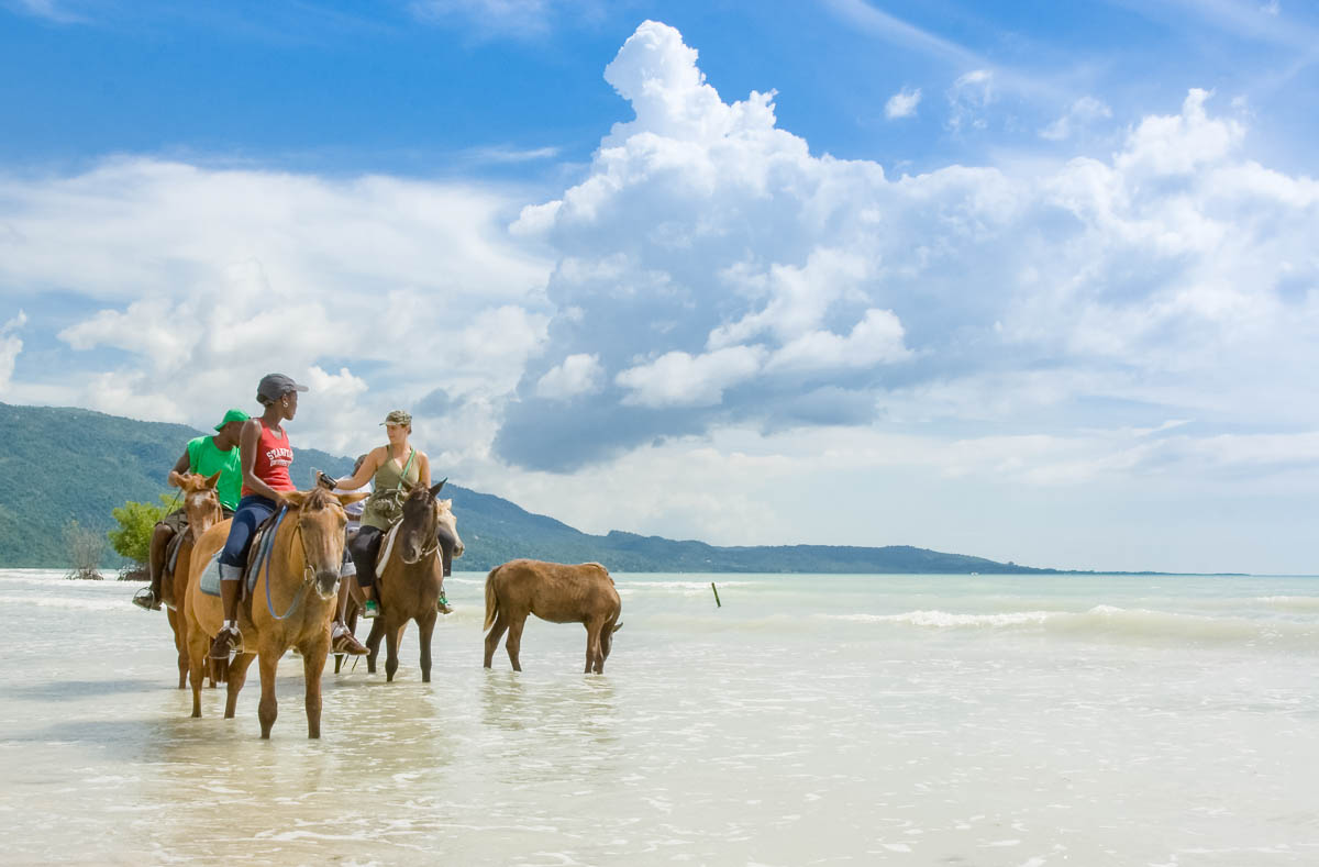 Beach horse riding Jamaica