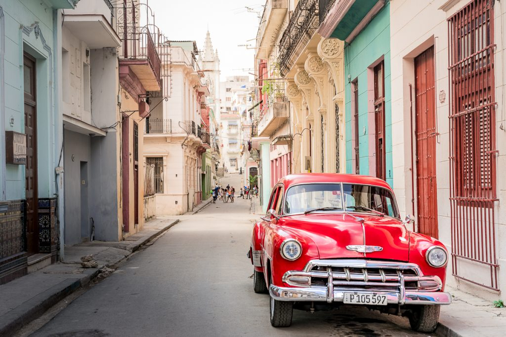 Havana vintage car street photography