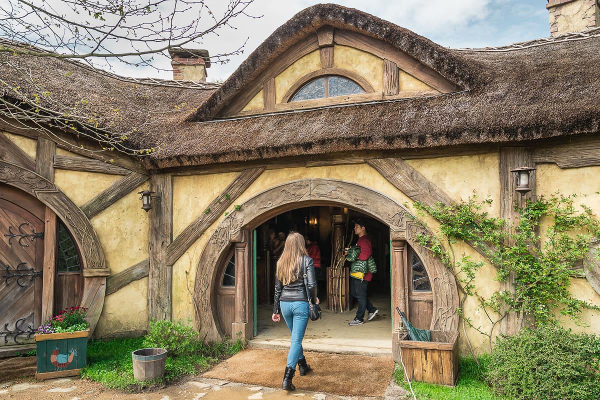 Green dragon inn Hobbiton