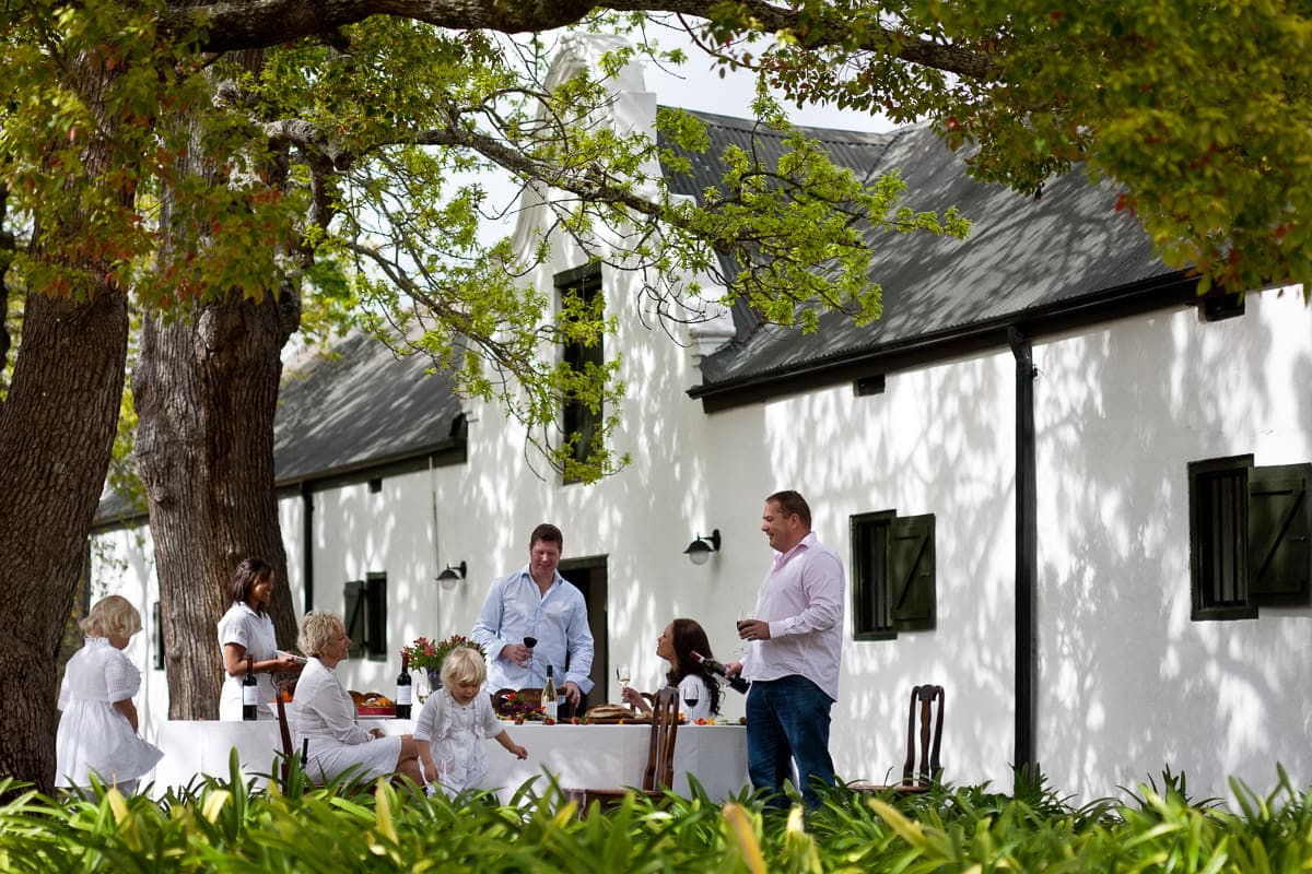 Spier white outside